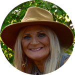 Dr Robyn Kasssas